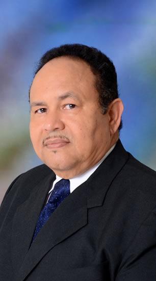 César E. Olivo